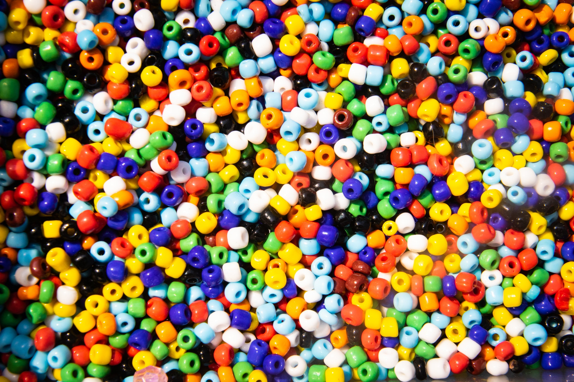 Web Agents are distributed like these beads.